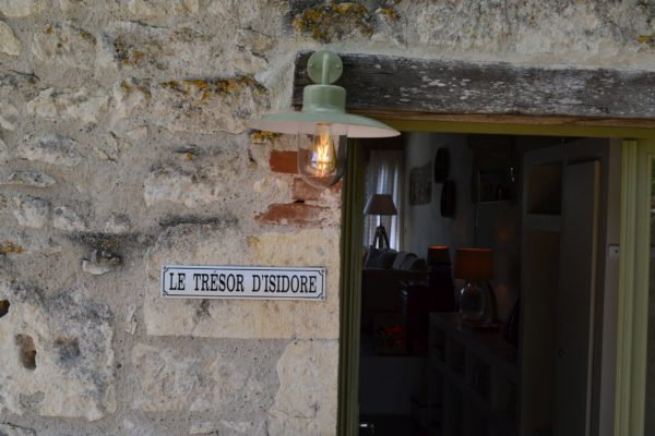 Trésor_outside002